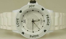 Goedkope Q&Q horloges kopen? Citizen ladies watch white (Love, Hope, Peace and Joy)