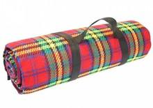 Luxury пикник килим с червени тартан (размер 135 х 175 cm)