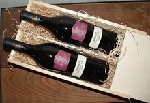 Vin Package Virginie (2-bin vin kasse med træuld og 2 flasker Virginie Merlot)