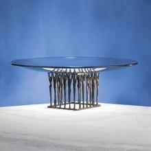 """Glazen schaal met Sculptuur """"Samen tot stand brengen"""" (formaat 41 x 41 x 12 cm)"""