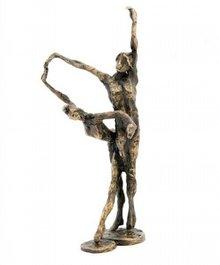 """Скулптура с тема """"Танц"""""""
