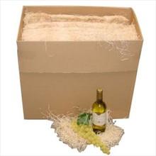 Houtwol verpakt in een kartonnen doos (inhoud ca. 8 kg houtwol)