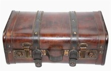 Large wooden colonial suitcase 'Trasor'