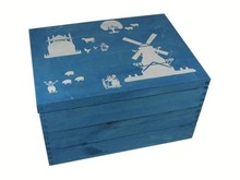 Houten blauwe kist met afbeeldingen van de boerderij