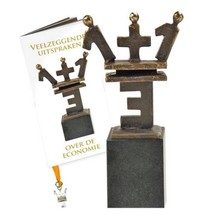 "Skulptur ""En plus en er lig tre"" - Sculpture 1 + 1 = 3"