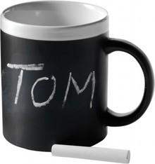Zwart-witte mokken beschrijfbaar met krijt (verpakt in een geschenkverpakking incl. krijftje)