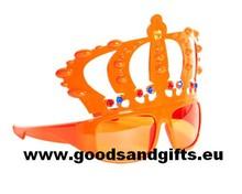 Oranje Koningsbrillen met kroon (speciaal voor heren)