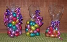 Gevulde Belgische chocolade Paaseitjes (inhoud 100 gram) in geschenkverpakking!