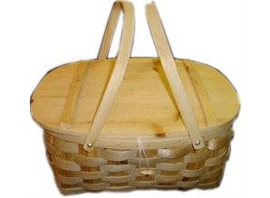 Chunky knit picnic baskets with two handles!