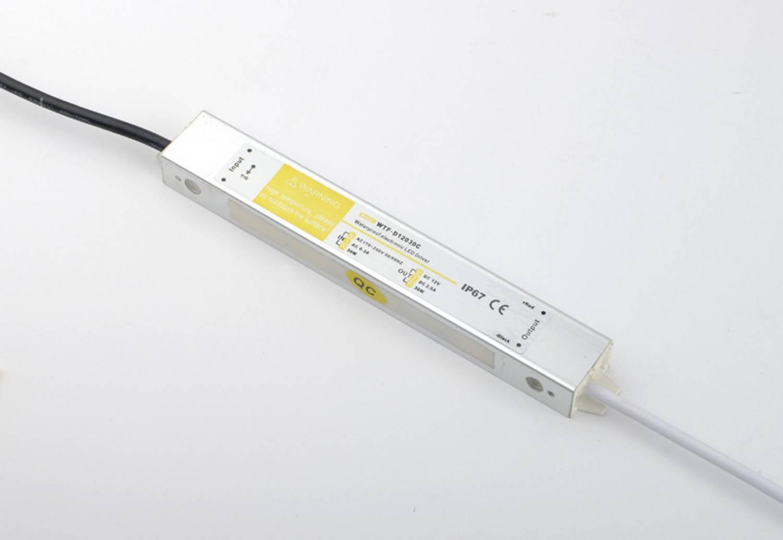 Power supply 30 Watt. 12 Volt, 2.5 A. - Waterproof