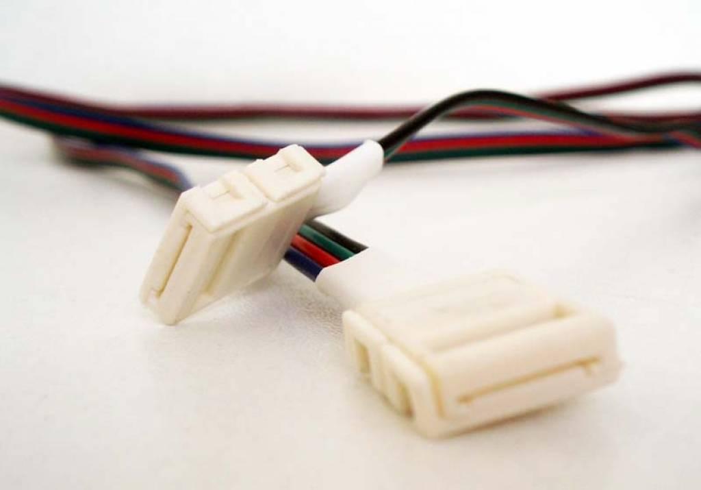 Cavo con connettori 15 cm per strisce LED RGB