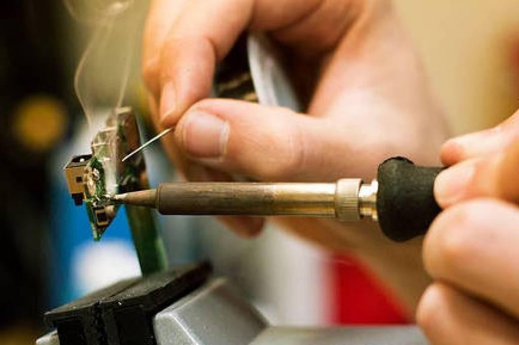Servicio de soldadura para tiras LED non-impermeables