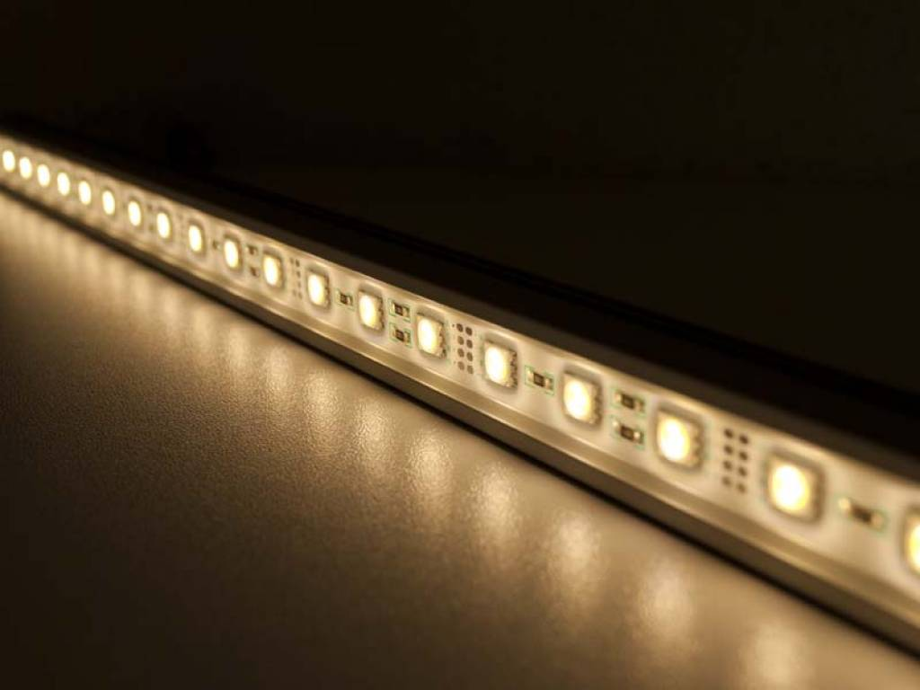 LED bar 1 Meter Warm White 5050SMD 14.4W