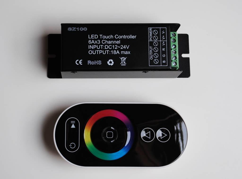 Contrôleur RGB avec télécommande tactile - Noir - 6 Key