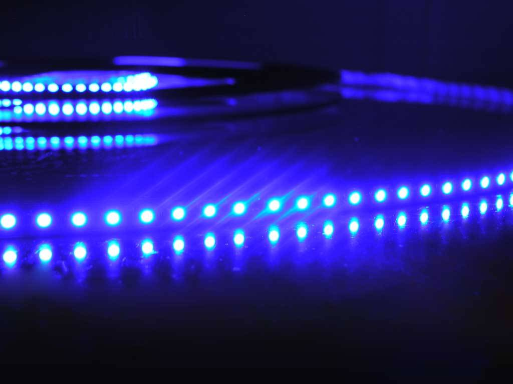 Blu 120 LED / m completo