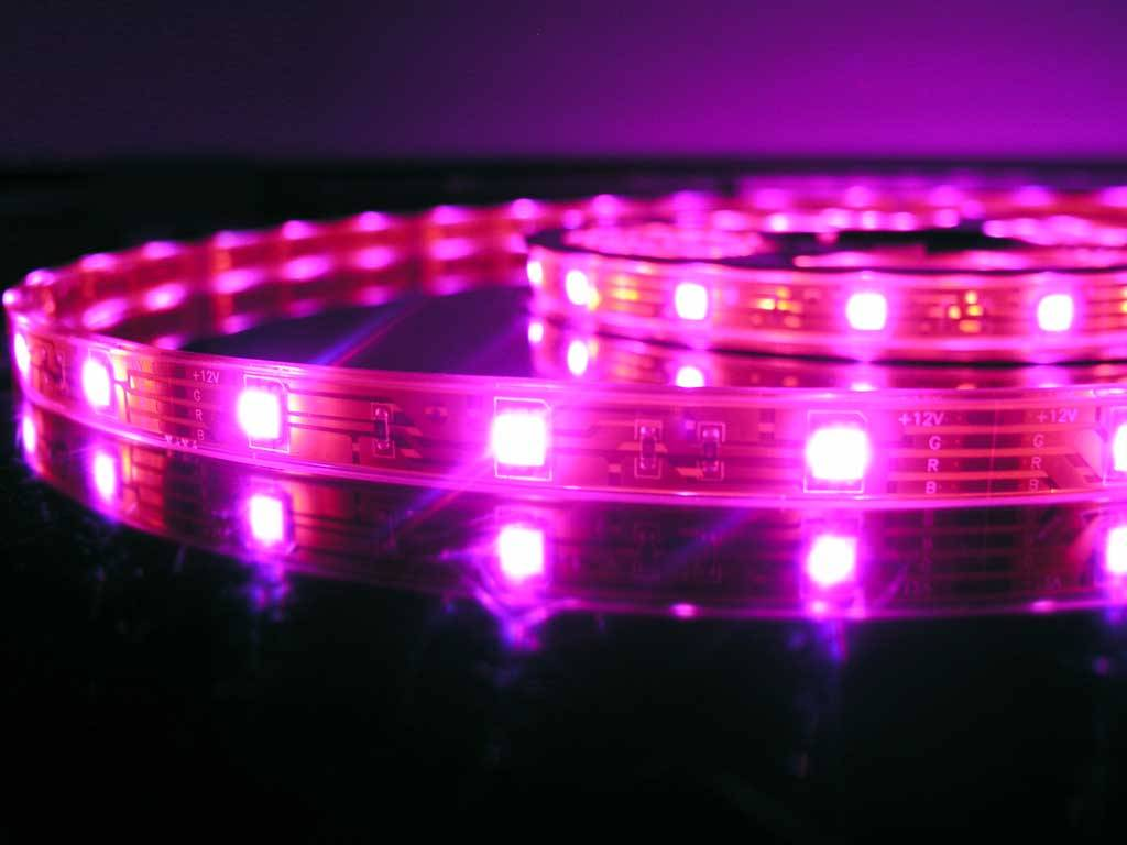 LED Strip RGB Waterproof - 30 LEDs/m - per 50cm - BuyLEDStrip.com