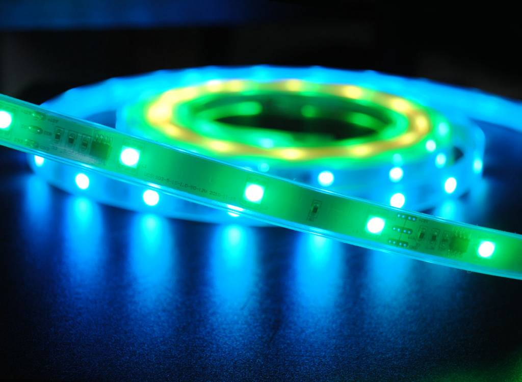 Digital RGB 30 LED/m Flexible LED Streifen Wasserdicht - je 50cm