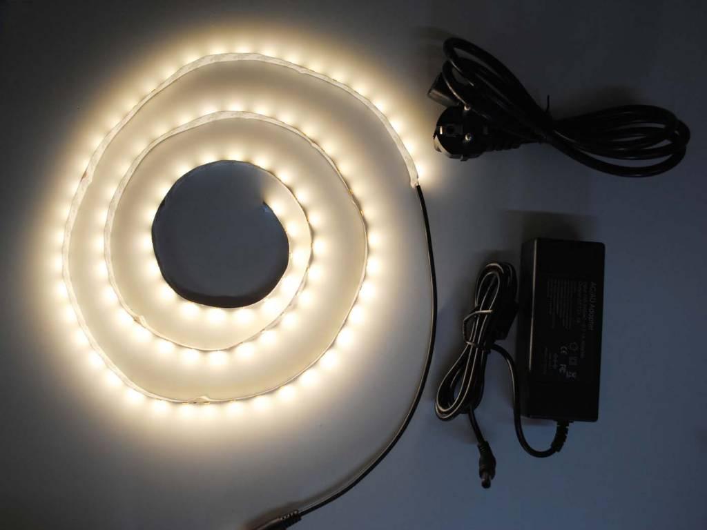 Blanco Cálido 5630 60 LED / m completa