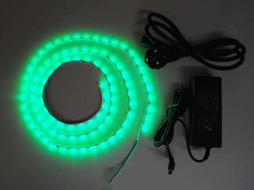 Green 60 LED/m Complete