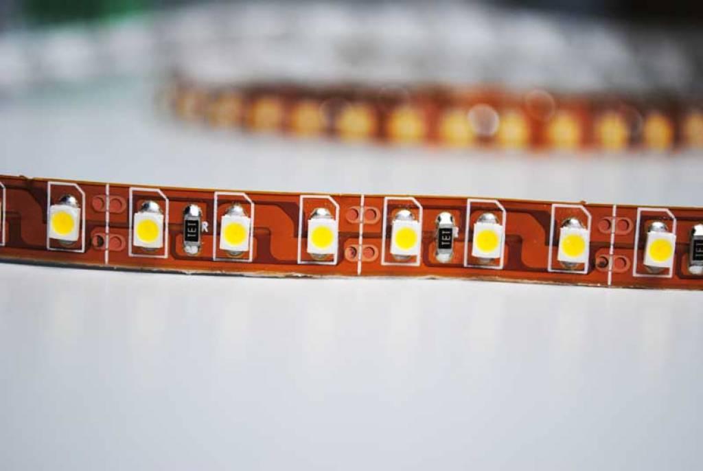 LED en bande auto-adhésive - 240 LED/m Blanc Chaud - par 50cm