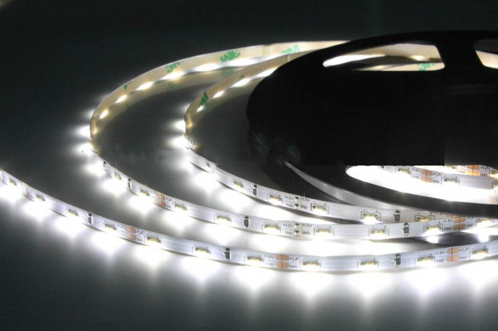 LED Streifen 120 LED/m Weiss 335 Side View - je 50cm