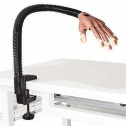 Sibel la práctica de la mano