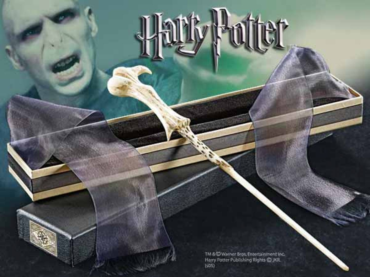 Hp lord voldemort 39 s wand the movie store for Voldemort wand
