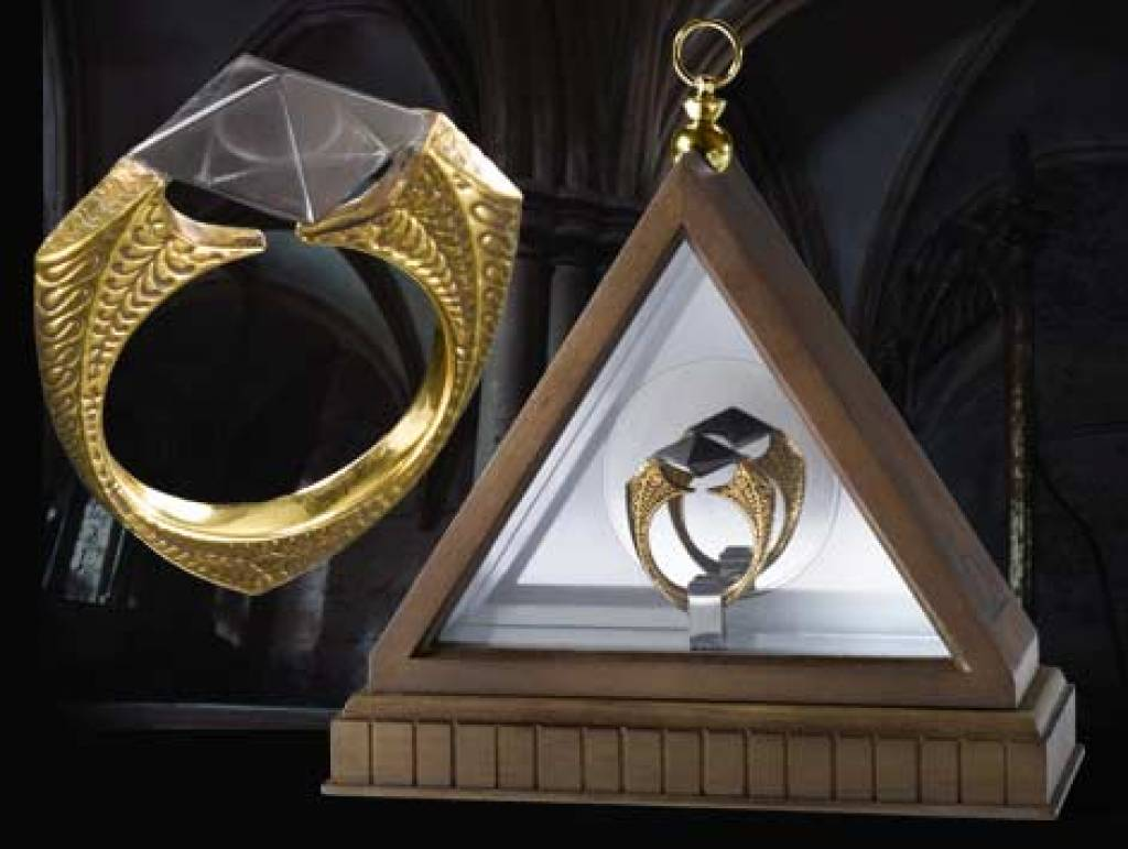 Hp the horcrux ring the movie store for The deathly hallows wand