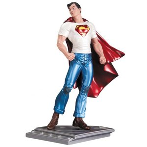 Superman The Man Of Steel Statue by Rags Morales