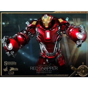 Iron Man 3: Red Snapper Mk. XXXV Armor Power Pose Series Sixth Scale Figure