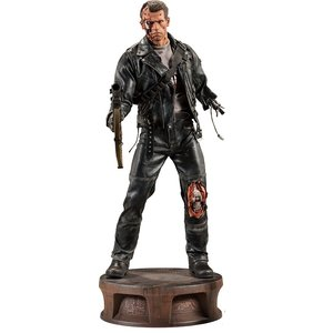 Terminator 2 Premium Format Figure 1/4 T-800 Battle Damaged