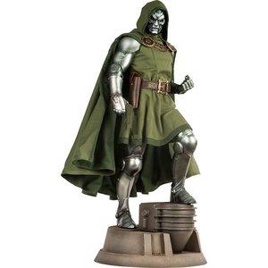 Marvel Premium Format Figure Dr. Doom