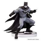 Batman Black & White Statue Greg Capullo 2nd Edition