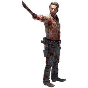 The Walking Dead Deluxe Action Figure Rick Grimes Vigilante Edition 25 cm