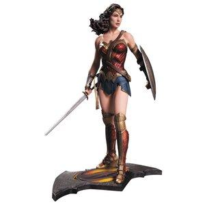 Batman v Superman Dawn of Justice Statue Wonder Woman