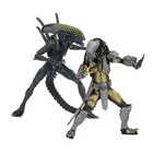 Alien vs. Predator AF 2-Pack Battle Damaged Celtic vs Battle Damaged Grid