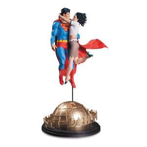 DC Comics Designer Statue Superman & Lois Lane von Tim Bruckner 42 cm