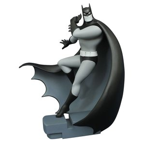 Batman The Animated Series PVC Statue Fast Got 'Im Batman SDCC 2016 Exclusive 23 cm