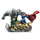 DC Comics Battle Diorama 1/6 Superman vs Doomsday by Ivan Reis 42 cm