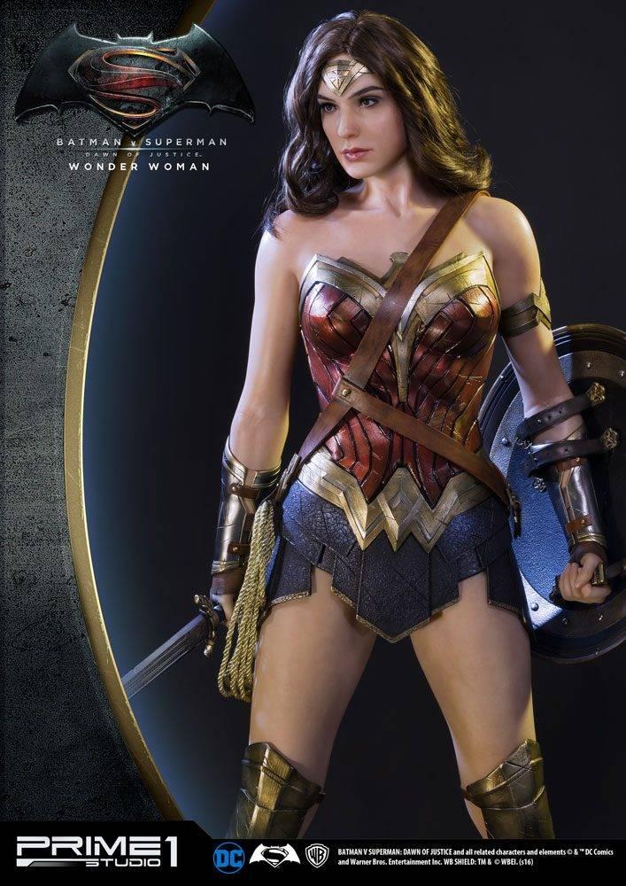 Batman V Superman Dawn Of Justice 1 2 Statue Wonder Woman 102 Cm
