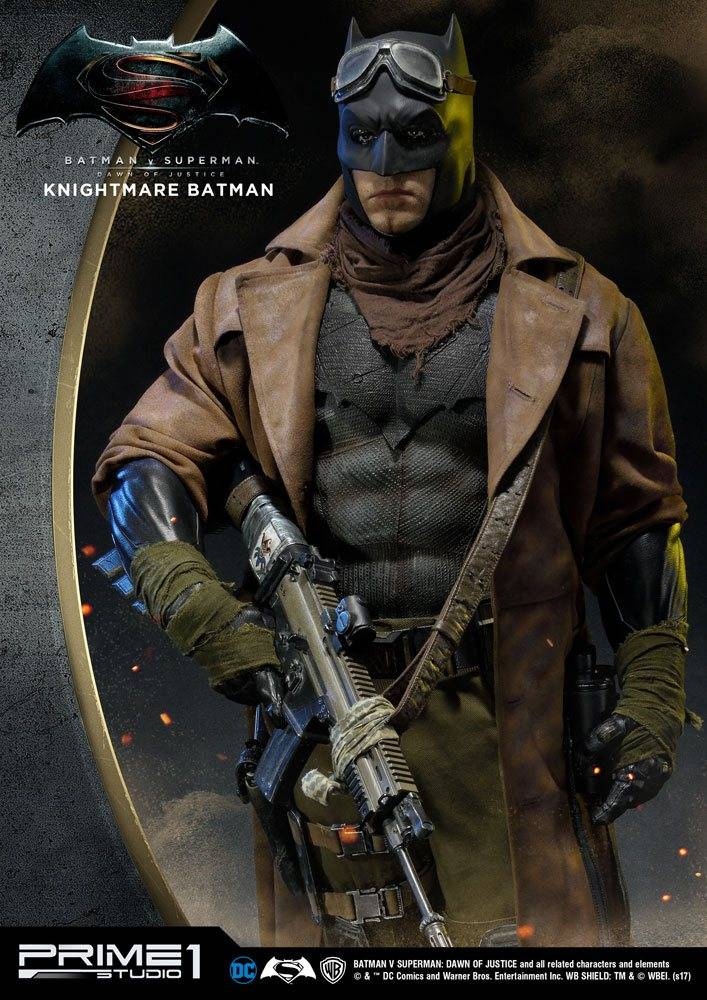 Batman v Superman Dawn of Justice 1/2 Statue Knightmare Batman 109 ...