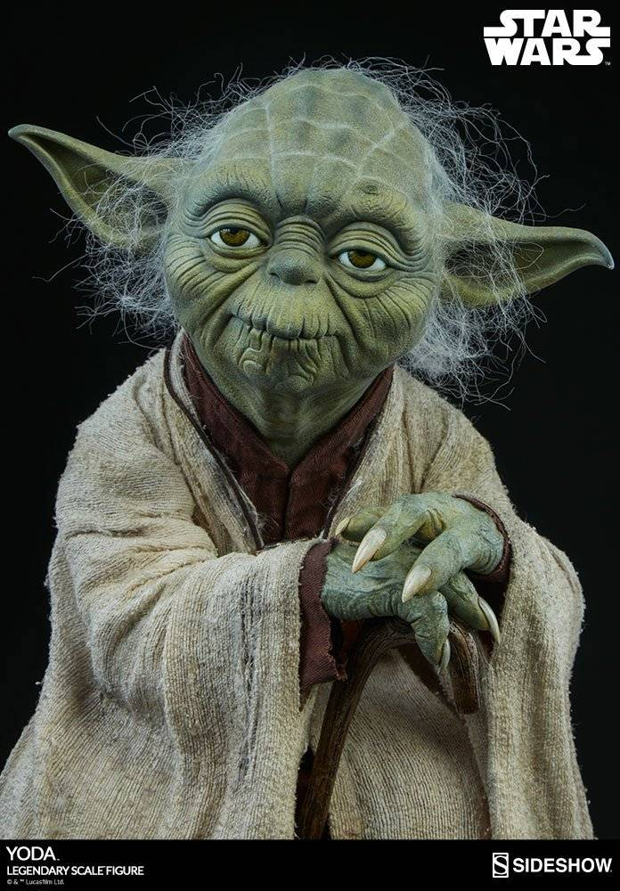 star wars legendary scale statue 1 2 yoda 46 cm the movie store. Black Bedroom Furniture Sets. Home Design Ideas
