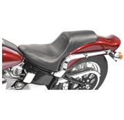 Mustang seat  FASTBACK PLAIN Softail 2000-06 STandARD REAR TIRE