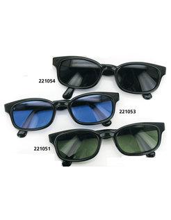 Sonnenbrille Biker Style Haltung