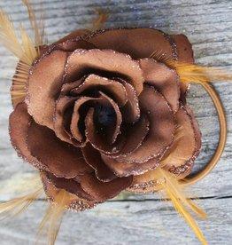 Bruine bloem corsage