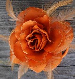 Oranje bloem corsage