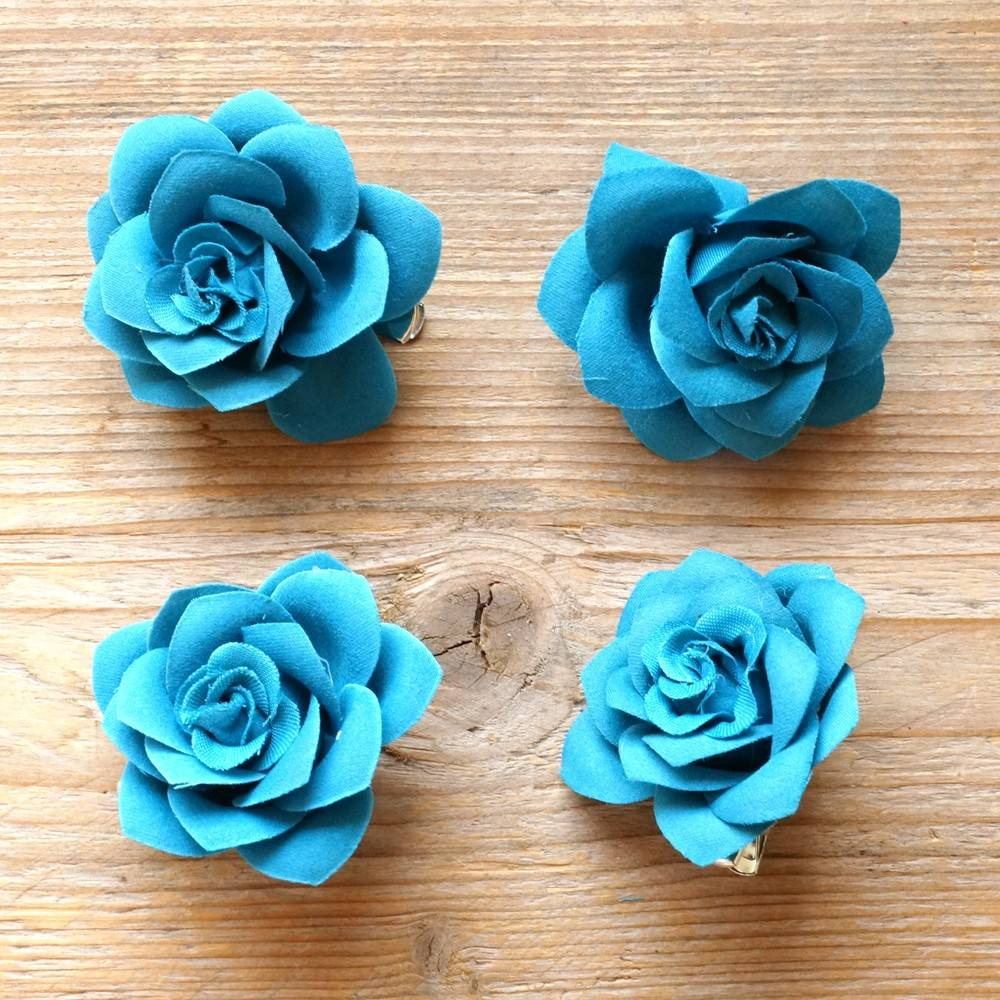 Petrokleurige bloemetjes (4 st)