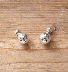 Zilverkleurige double dots parels