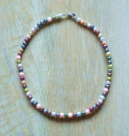 Parelketting pastel