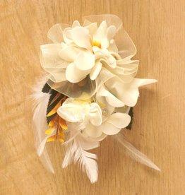 Luxe bloemcorsage wit